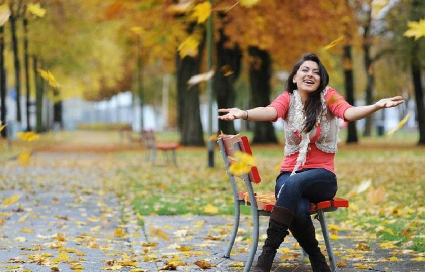 Hansika-Motwani-feeling-very-happy-cute-actress